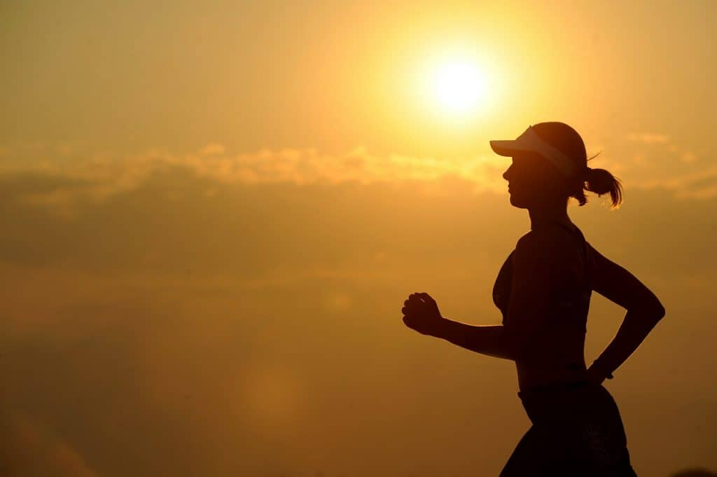 These 6 surprising tips will help make running easier than ever before! Check out these simple running tips and tricks to make running fun again, whether you're a beginner or lifelong runner. Incorporate these strategies into your training for the best season yet! #runningtips #makerunningeasier #beginnerrunner